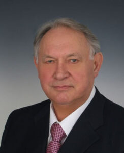 Маслюков Юрий Дмитриевич